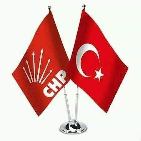 איסטנבול, טורקיה: En güzel şey Gülüşünün sebebi olabilmek. 