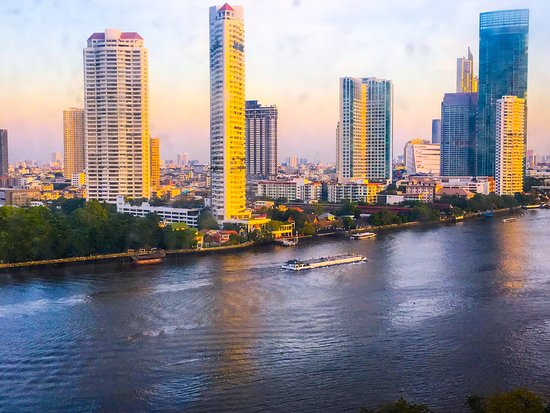 Views from and in the Chatrium Riverside Hotel at Christmas 🎄 Bangkok