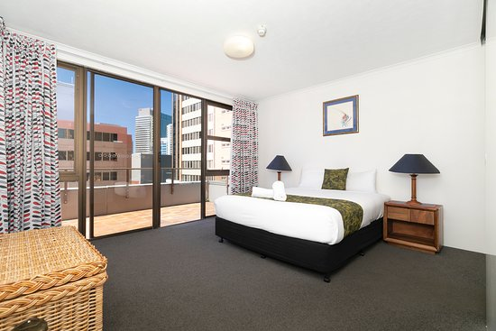 2 Bedroom Budget
