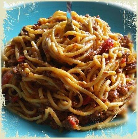 Spaghetti con marlin ahumado