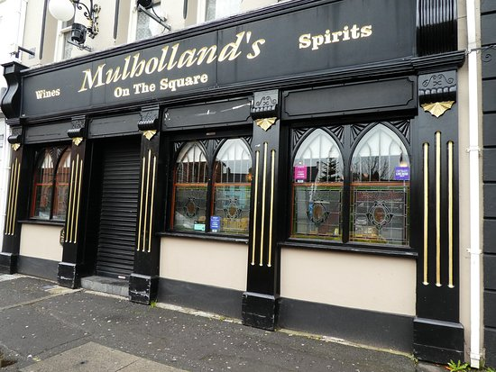 ‪Mulhollands Bar & Off Sales‬