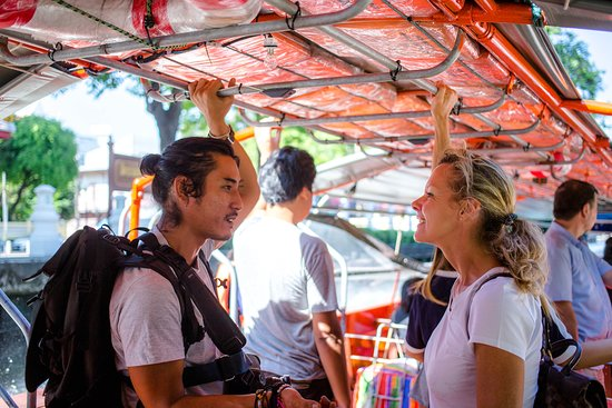 Enter the Hidden Dragon -A Bangkok Food Adventure: Travelling in the canals