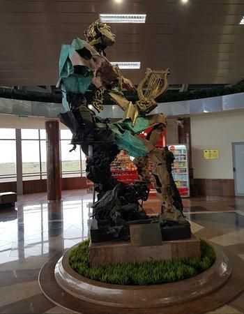 Cool statue.
