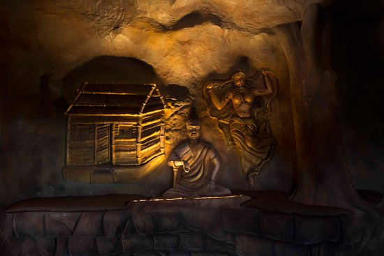 EVERY ROOM AT THE CAVES IS UNIQUE – AND BURSTING WITH CHARACTER, CHARM AND HEART¬STOPPING MOUNTAIN VIEWS. SITTING ATOP SOME OF THE MOST SPECTACULAR MOUNTAIN CAVES IN THE VAGAMON. OUR 5 CUSTOM-DESIGNED FAMILY VILLAS 7 CAVE ROOMS AND 4 CAVE SECTION ROOMS ACT AS ARTFUL HIDEAWAYS WITH ALL THE COZINESS OF HOME.