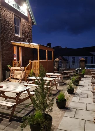 Outside seating area and raised decking area