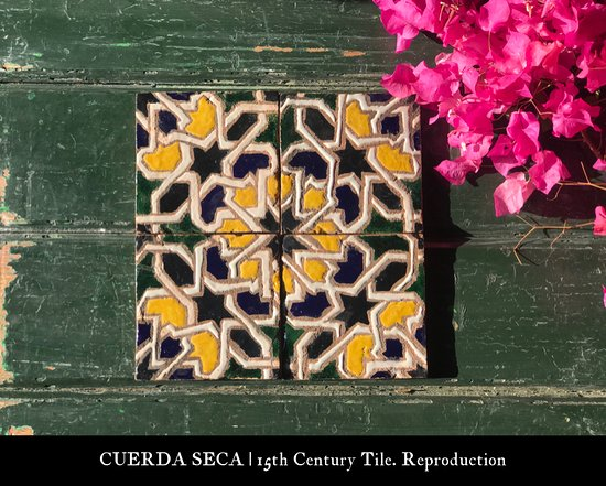 Ceramicas Sevilla 1952   Cuerda Seca Ceramics. Reproductions of 15th Century Original pieces