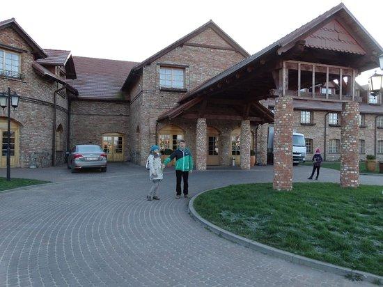 Hotel Dolina Charlotty , front