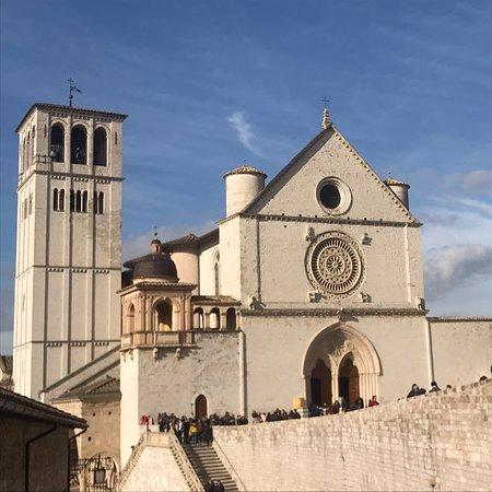 Bella lana basilica, e un piacere condividere questa fotografia, di un posto meraviglioso.
