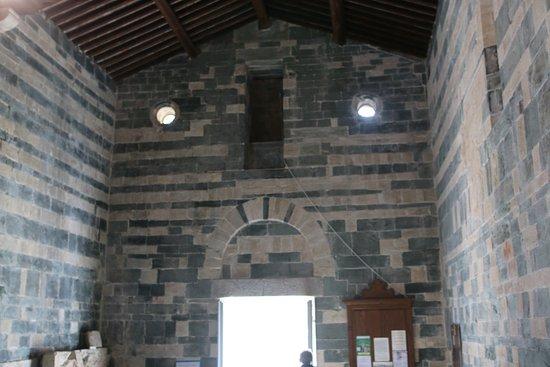 Vue intérieure de cette église