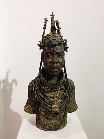 Pointe des Almadies, เซเนกัล: Museum of black civilizations