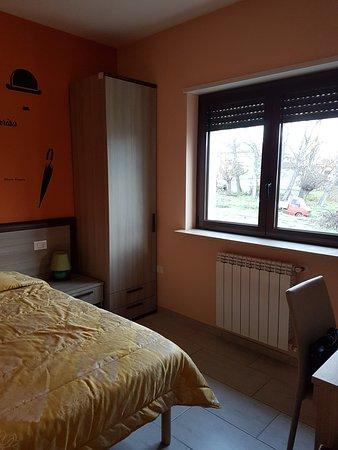 Preturo, Italia: Camera con un letto ad una piazza e mezza