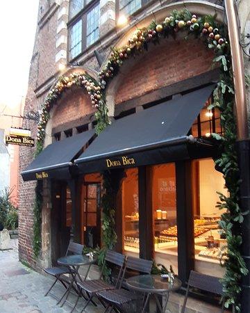 Dona Bica (pastéis de nata e café português em Lille)