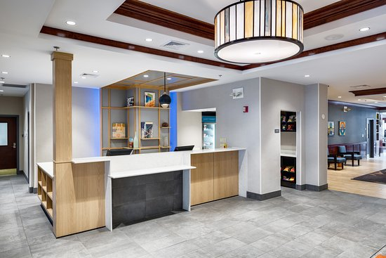 Front Desk at HYATT House Boston / Waltham