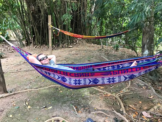 Punta Cana, République dominicaine : Relaxing after lunch by the river