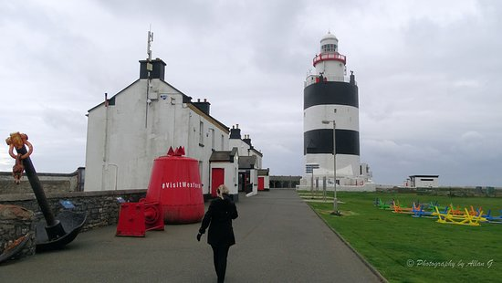 Skip the Line: Hook Lighthouse Entrance Ticket and Guided Tour: Hook lighthouse