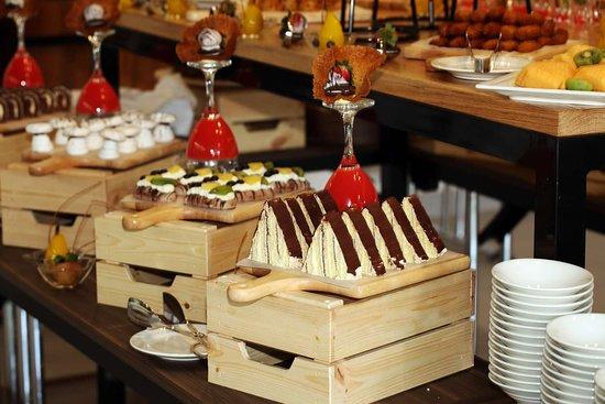 Nejran, ערב הסעודית: Restaurant Buffet