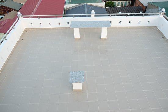Sân thượng