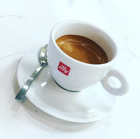 A perfect double-shot of Illy Caffè espresso.