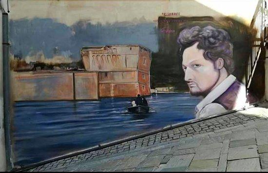 Basilicata, Bella (PZ): murales nel paesino raffigurante l'anarchico lucano G.Passannante ( artista M.Glorioso)