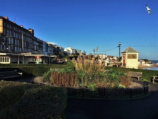 11.  Victoria Gardens & Promenade, Broadstairs
