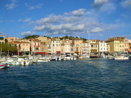 Cassis - a romantic fishermen`s town close to the Calanques