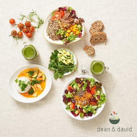 Smoothie? Salat? Frisch gepresster Saft? Komm rum zu Dean & David in der Station Food.