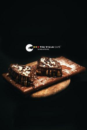 Chocolate loaded waffle