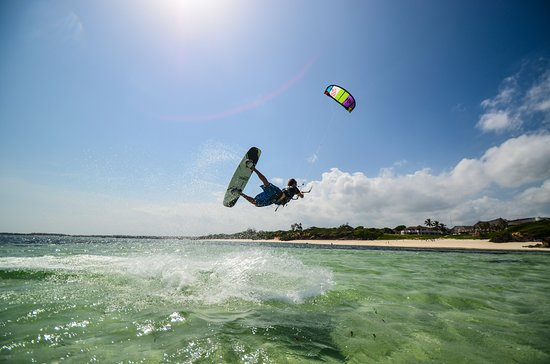 Go sailing, wakeboarding, kayaking, kitesurfing with 3 Degrees South, straight from our Beach!