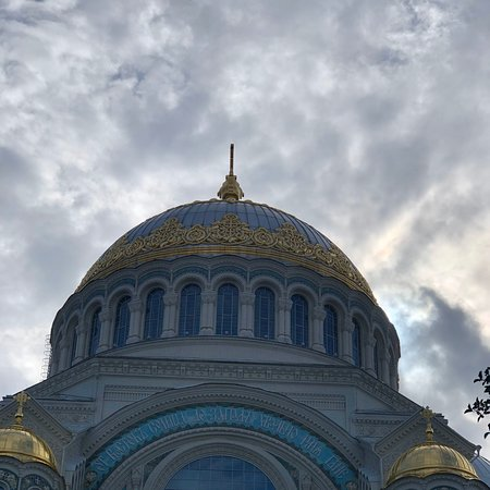 Kronstadt. No wonder that Saint Petersburg museums and cultural sites are nearly uncountable. That's one of my favorite sights only 1 hour drive from the city center