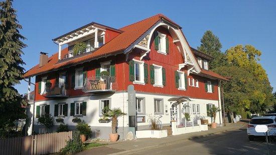 Haupthaus mit Empfang und Restaurant