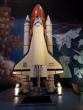 Space Center Houston Admission Ticket: Endeavor