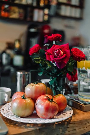 fresh flowers and vegetables daily!
