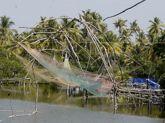 Chinese Nets at Kodamthuruth Village on the Coast Rd ( between Kochi & Alleppy )