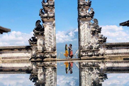 Pujer Bali