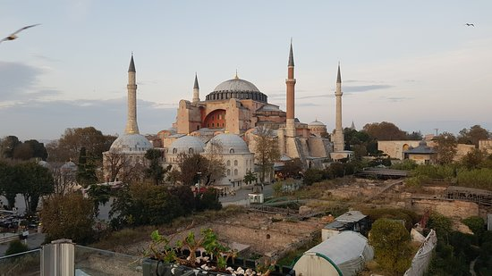 Small-Group Istanbul in One Day Tour Including Topkapi Palace and Hagia Sophia Φωτογραφία