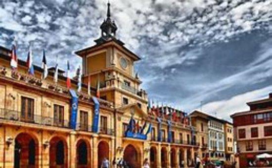 Ayuntamiento de Oviedo.