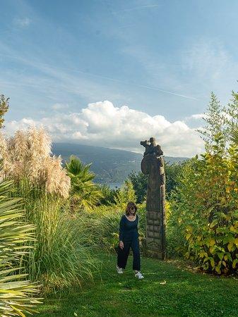 Enjoying the park of the Lefay Resort at Lake Garda