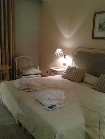 fotos del hotel balneario de solares