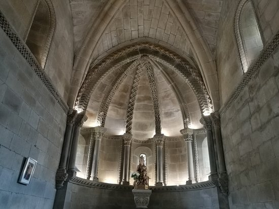 Colegiata de Santa Maria de Arbas
