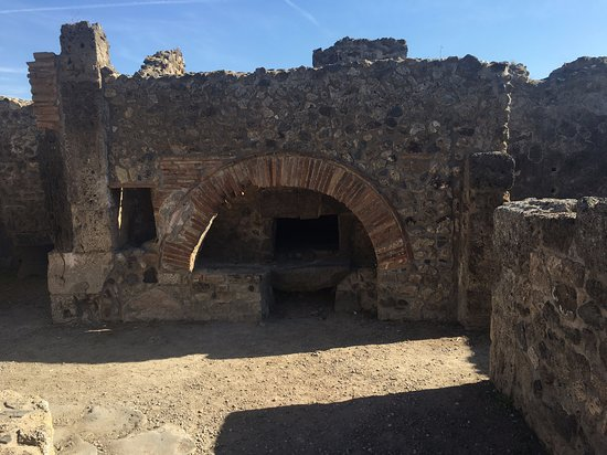 Ancient Pompei in the afternoon: Ancient Pompeii home