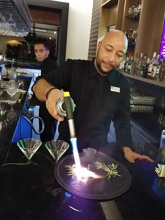 friendly bartenders, and tasty drinks!