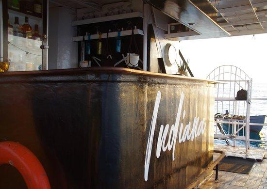 Ocean Adventure Day Out Sandbank Gefängnisinsel Schnorchelkreuzfahrt: The bar