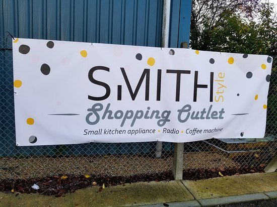 Smith Shopping Outlet