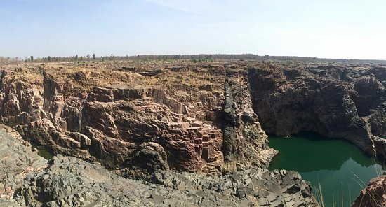Raneh waterfall Khajuraho (motorcycle tour): Waterfall