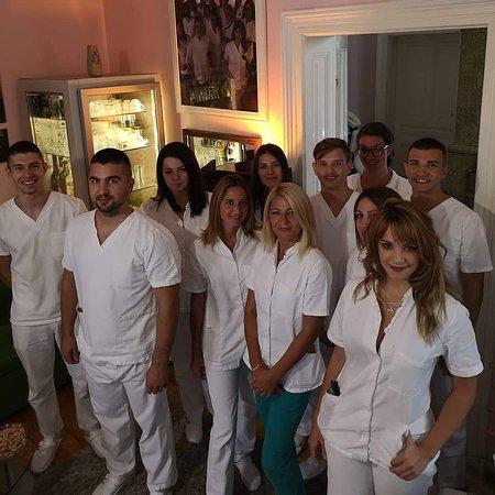 Ovo je jedna od 3 smene u jednom danu, 16 maserki i 10 masera u timu Ekselencije masaže Beograd, Svetogorska 27, Stari grad, centar Beograda