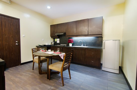 Presidential Suite- Kitchen