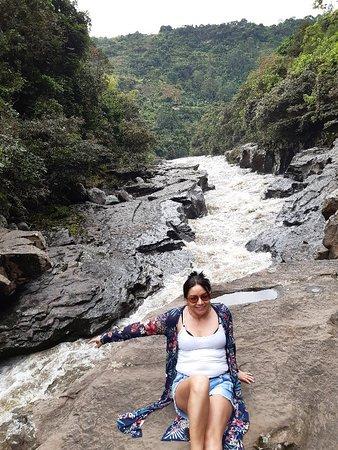 #Huila estrechó río #Magdalena uno de los mas largos e importantes del país, asombra a quienes acuden al lugar #naturaleza #tranquilidad