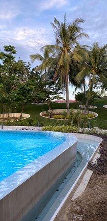 Tambuli Seaside Resort And Spa