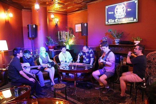 Traditional Irish Jam Session