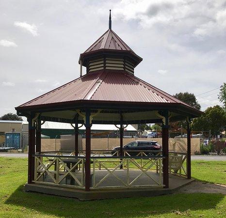 Tanderra Park
